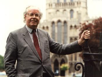 Dr. Arthur Wills OBE